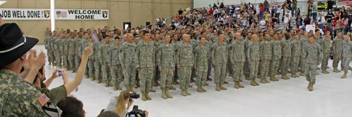 Returning soldiers being welcomed home